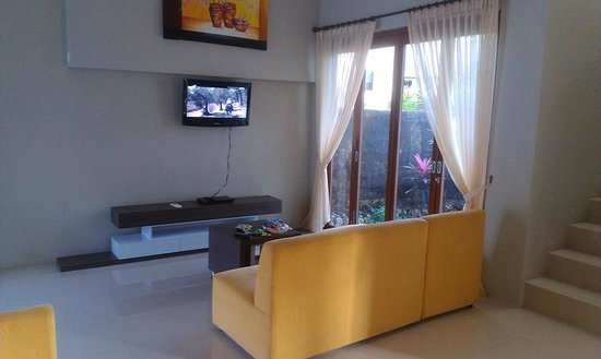 DenBukit Residence and Suite: lounge