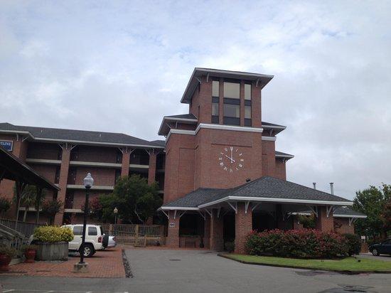 Best Western Plus Coastline Inn: entrée de l'hotel