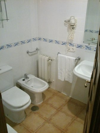 Hotel Princesa Galiana: baño