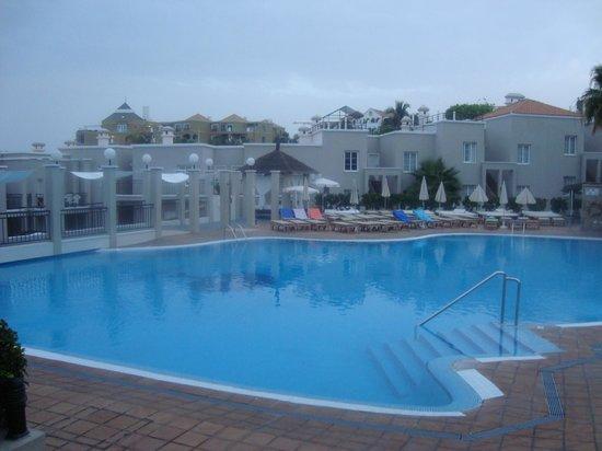 Los Olivos Aparthotel Pool
