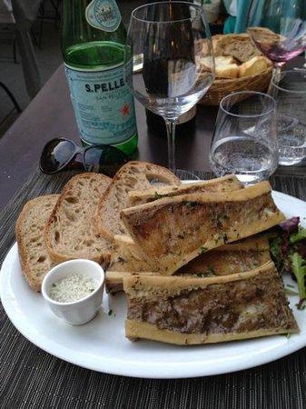 L'Auberge Saint Pierre : delicious bone marrow starter