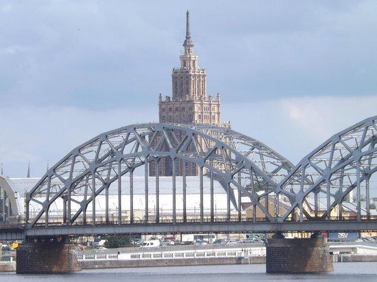 Panorama Riga Observation Deck : View of 'Stalin's Birthday Cake' from Akmens (Stone) Bridge