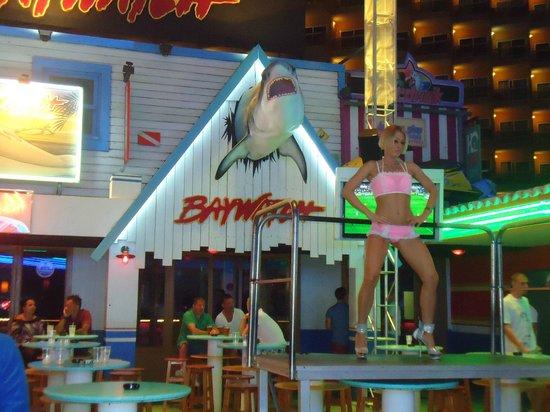 HSM Atlantic Park: Junto à discoteca BCM