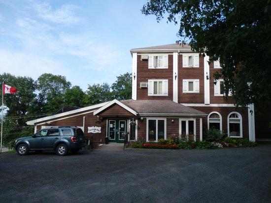Braeside Inn