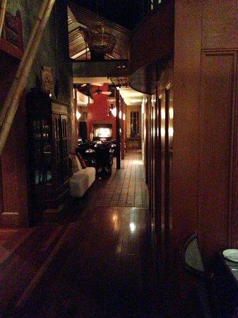The Black Trumpet: Restaurant interior