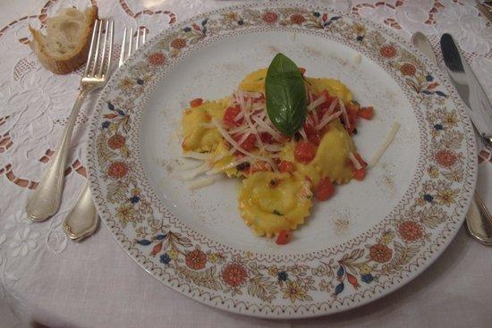 Villa Cheta Elite Hotel Restaurant: njam again