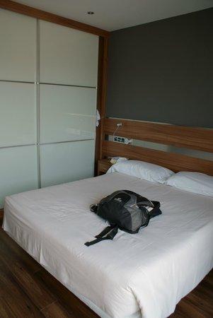 Sercotel Ciudad de Oviedo: Dormitorio