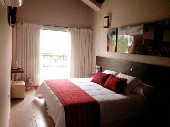 Foto de hotel mundo guarigua san gil panoramica de las for Cuarto para las 6