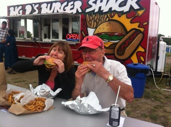 Big D's Burger Shack: great food!!