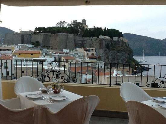 Villa Meligunis : vue de la terrasse