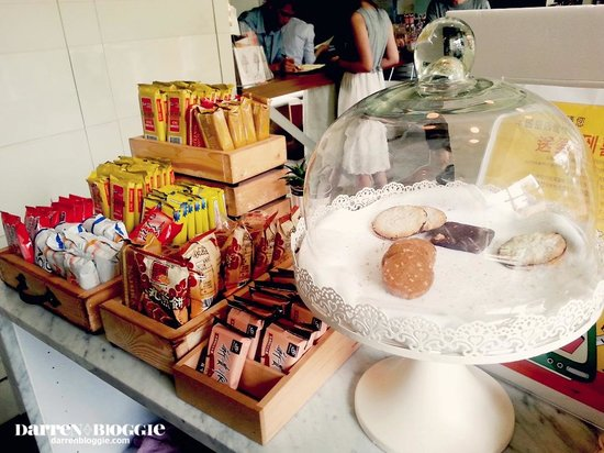 Via Hotel: Some of the snacks that you can grab, FOC