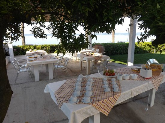 B&B La Terrazza sul Lago - Prices & Reviews (Trevignano Romano ...