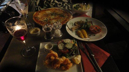 Maniz Catchy Italian Food & Drinks