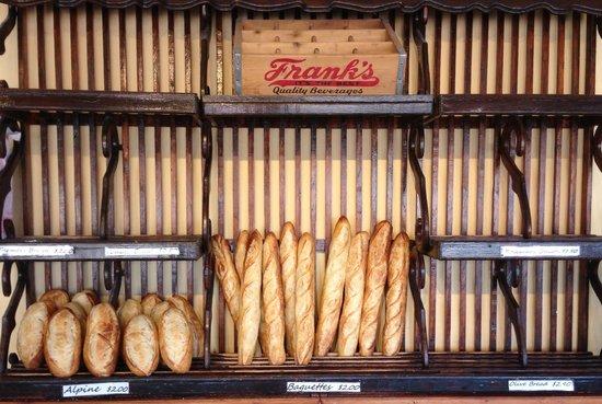 Frank's Bakery : Alpines & Baguettes