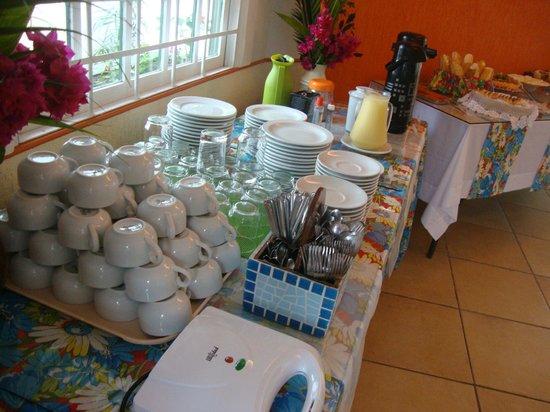 Pousada Estalagem dos Corais: CAFE DA MANHA