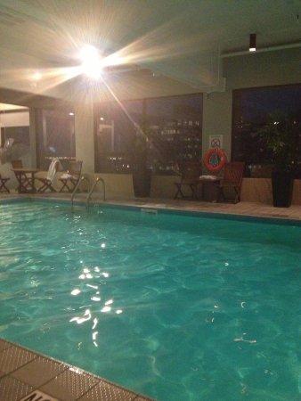 The Westin Calgary: Roof top pool