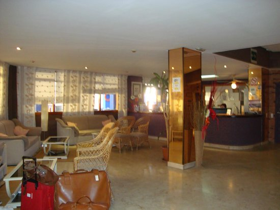 Palm Beach Club: hotel front