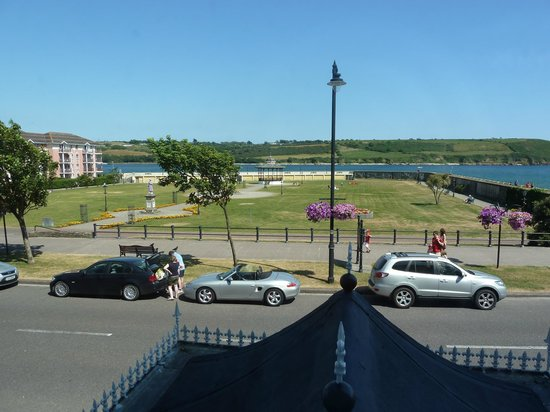 Walter Raleigh Hotel: View from Bedroom (2)