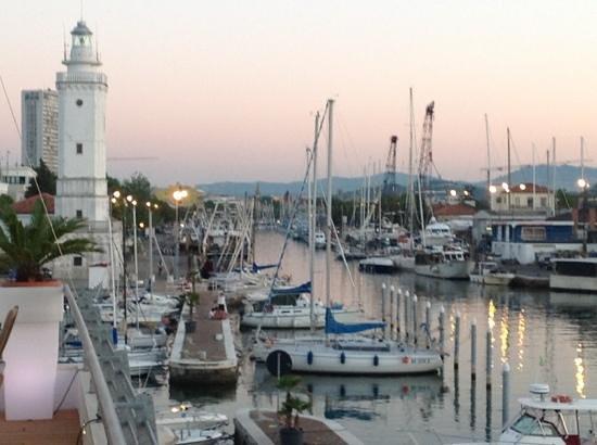 Club Nautico: a cena sul porto