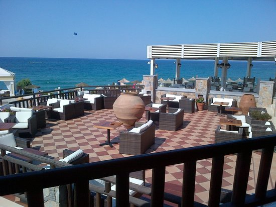 Alexander Beach Hotel & Village: Main terrace bar
