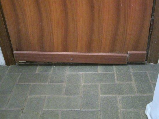 Baltic: porta lato bagno