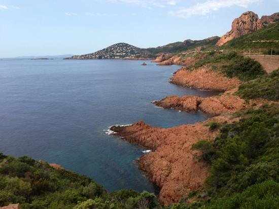 piscines et vue mer picture of pierre vacances village club cap esterel agay tripadvisor. Black Bedroom Furniture Sets. Home Design Ideas
