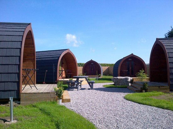 The Little Hide - Grown Up Glamping: The Little Hide