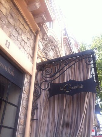 Hotel  Le Cavendish: The entrance