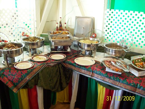 Guiyave Restaurant: Weekly Daily Buffet served in the Restaurant on the 1st. Floor