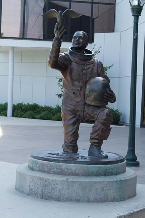 astronaut statue spokane -#main