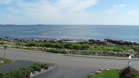 Atlantis Oceanfront Inn : Thatcher Island off in distance.