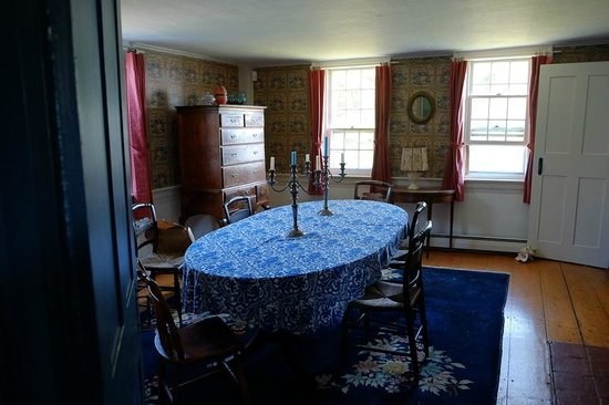Micmac Farm Guesthouses and Gardner House: Guest Dining Room -- just gorgeous