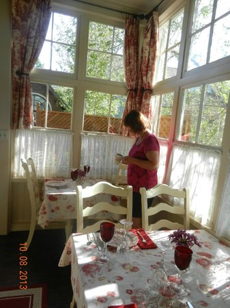 England House B&B: great breakfasts in lovely setting