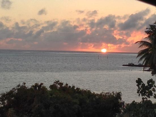 Fare D'Hote Tehuarupe Hotel: coucher de soleil