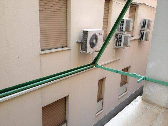 Hotel Gioia: Affacciata della camera