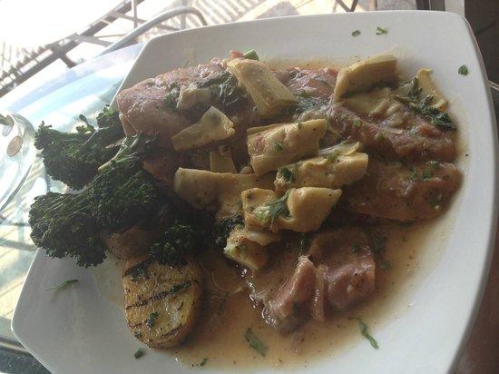 Ferro Bar & Cafe: Veal Scallopini al forno with prosciutto & artichoke hearts. mmm..
