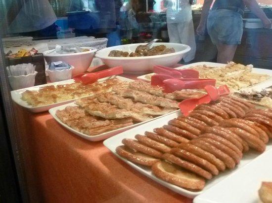El Jou Vell Bufet Restaurant : gateaux secs