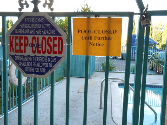 Days Inn Riverside-Tyler Mall : Pool closed until further notice 8/20/13
