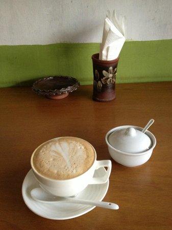 Evergreen Restaurant: Best Cappuccino!