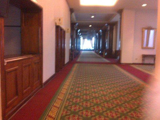 Crowne Plaza Santiago: Área de acesso comum aos salões