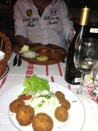 Restaurant Alföldi Vendéglő : funghi impanati