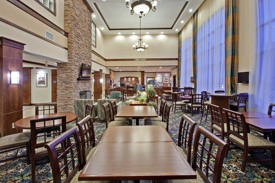 Staybridge Suites Indianapolis - Carmel: The Great Room. Spread out and have fun.