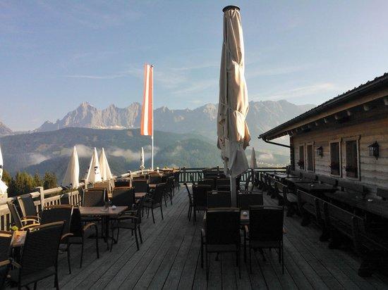 Almwelt Austria: Aussicht auf den Hohen Dachstein