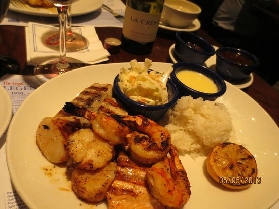 Legal Sea Foods: Another awesome fish & Shrimp dinner