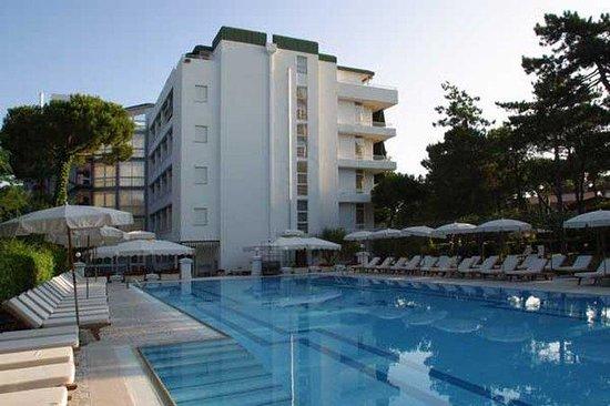 Hotel Greif Lignano: Exterior View