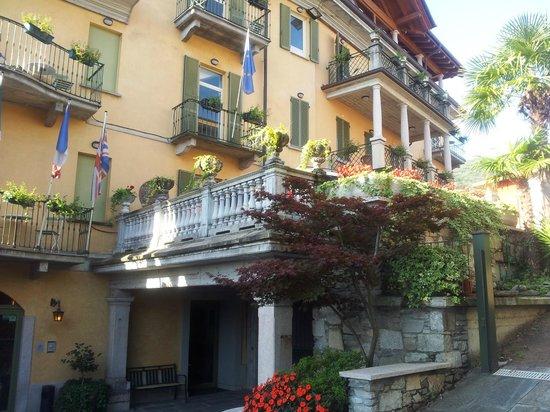 Azalea: HOTEL