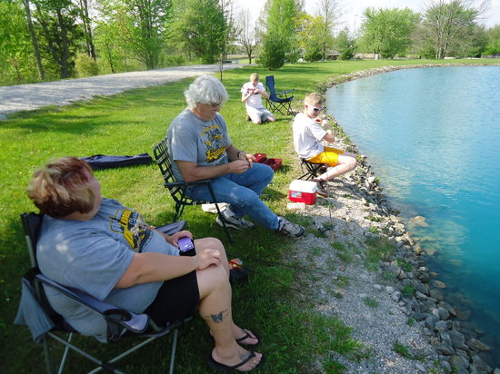 Hope Cabins and Banquet, LLC: Fishing!