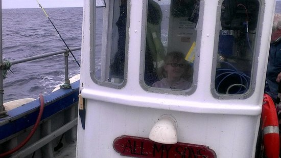 Staithes, UK: Captain Phoebe