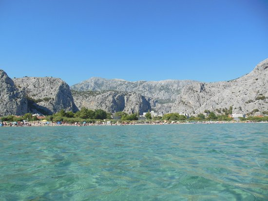 Pansion-Restaurant Amigos: Resort and beach of Omis