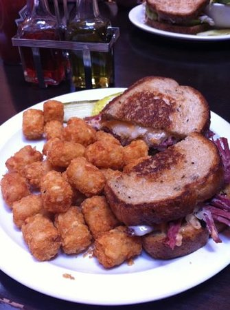 O'Dwyers: Reuben with tots